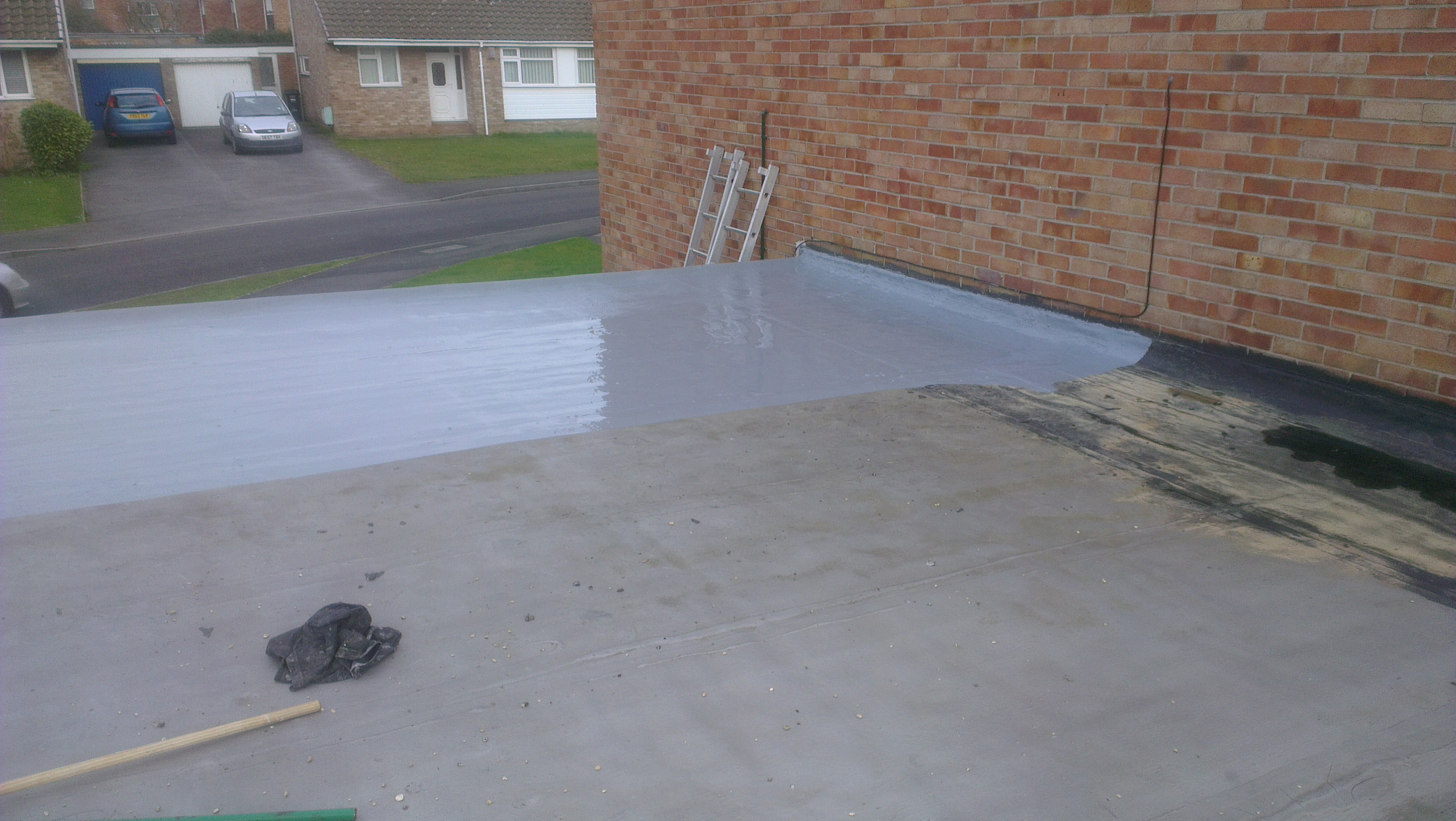 Elastomeric Roofing Membrane : Liquid applied roof membrane repair flat